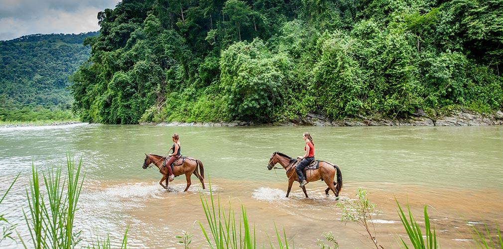 Horseback riding Savegre Valey