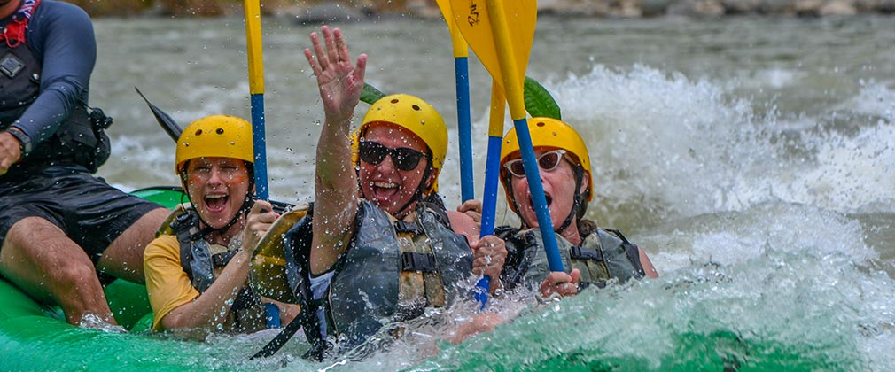 Exciting rafting in Costa Rica